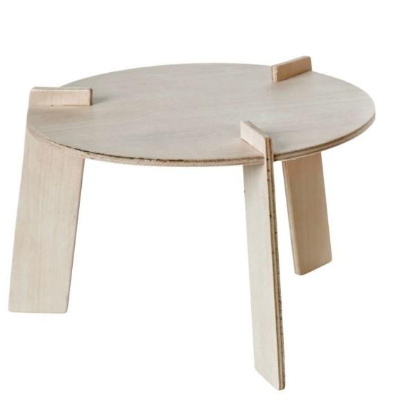 Petite table en bois pour poupée